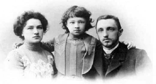 1343982345 3 520x281 3 октября 1873 года, 140 лет назад, родился Иван Сергеевич Шмелёв, великий русский писатель (+ВИДЕО)